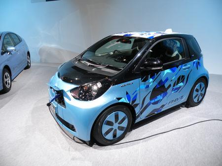 札幌モーターショー2012 16トヨタFT-EV III.jpg