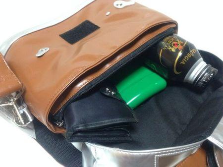 IMG_0877 カメラ型バッグ.jpg